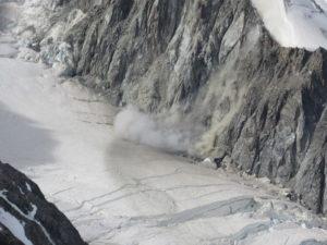 Crollo di una parete di roccia
